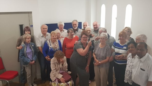 Dementia cafe receives funds from ex Mayor