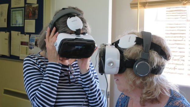Frailty Training Session – Virtual 3D Simulation goggles