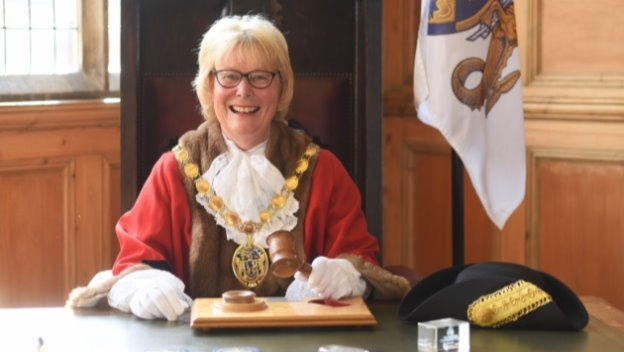 We welcome the Mayor and Consort to our...
