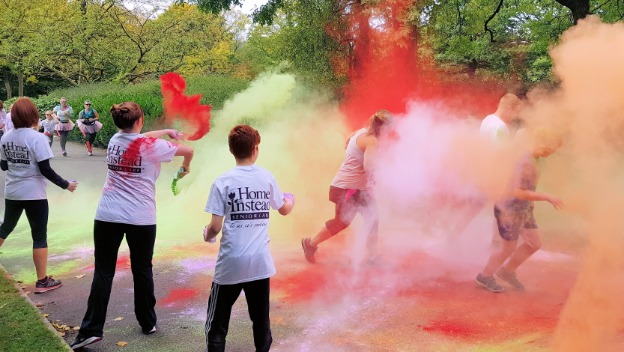 Home Instead Supports Dr Kershaw's Annual Colour Blast