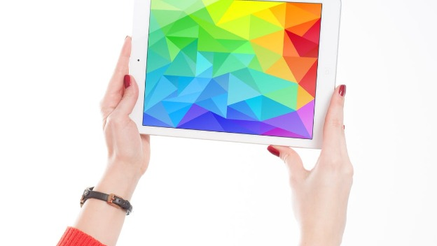 How to teach a loved one to use a tablet