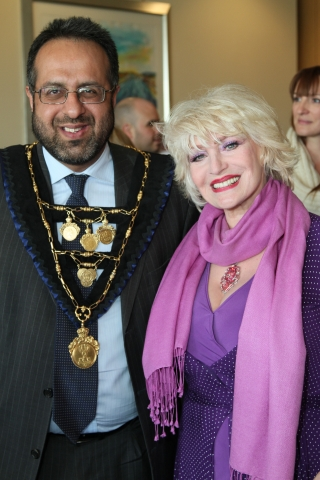 Faith Brown and the Mayor of RBWM cut the tape