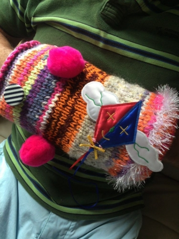 Knit A Sensory Muff To Keep People Living With Dementia Warm And