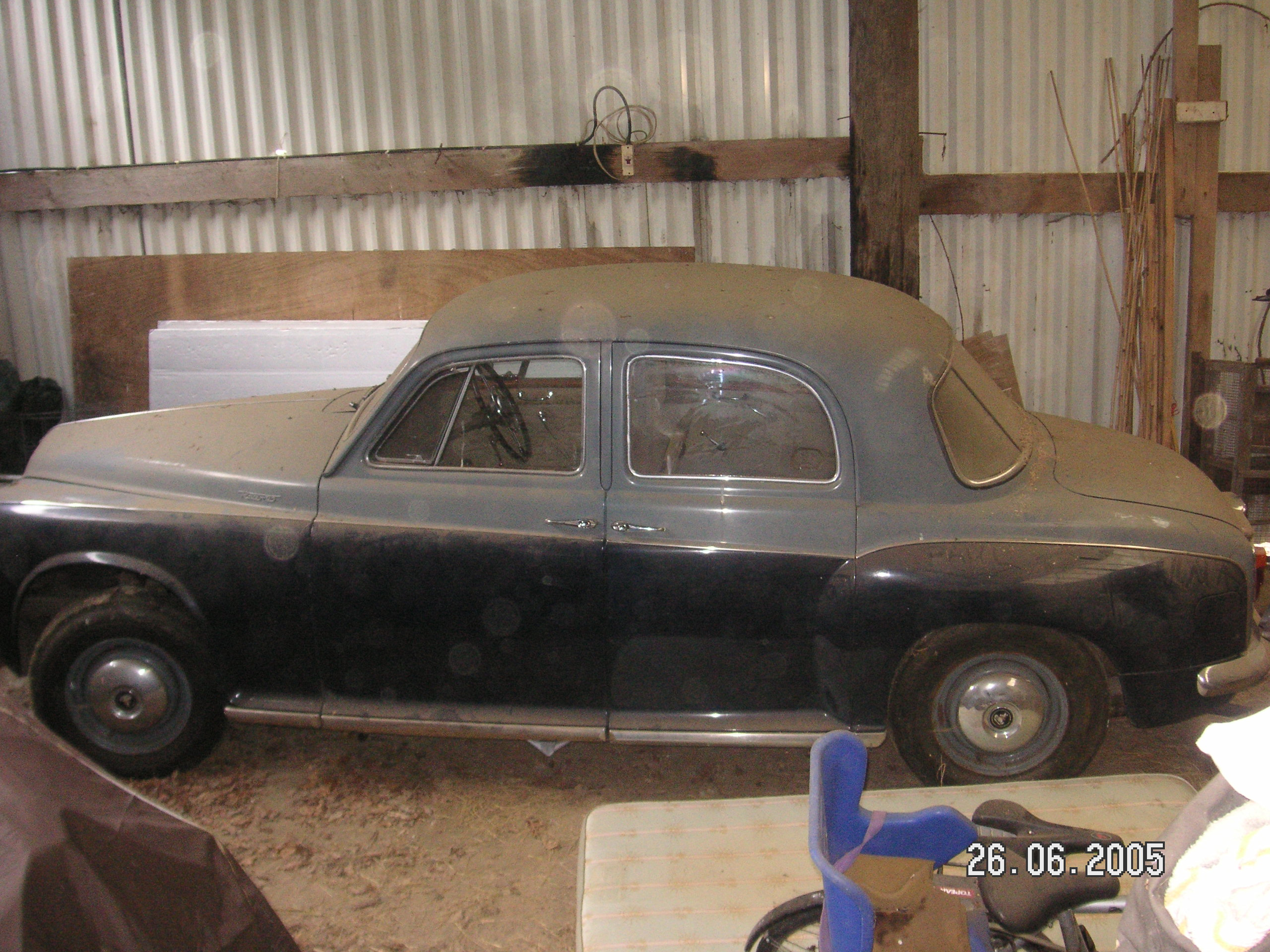 Home Instead Tony O'Flaherty's classic 1962 Rover P4 car in 2005